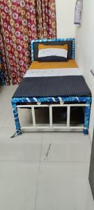 Bedroom Image of Oxotel PG Wiohtout Brokerage in Powai