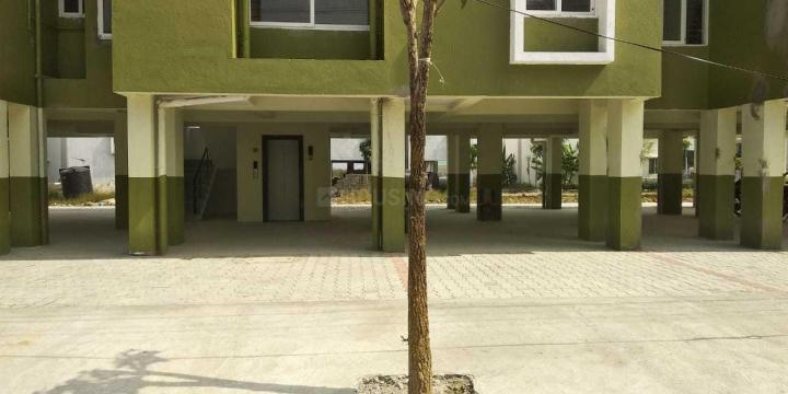 Parking Area Image of 600 Sq.ft 2 BHK Apartment for rent in Padur for 10000