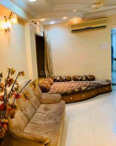 Gallery Cover Image of 460 Sq.ft 1 BHK Apartment for rent in Andheri West for 37000