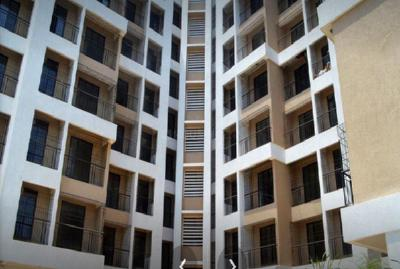 Gallery Cover Image of 565 Sq.ft 1 BHK Apartment for buy in Squarefeet Imperial Square, Thane West for 3800000