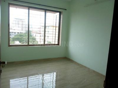 Gallery Cover Image of 1050 Sq.ft 3 BHK Apartment for rent in Kalpataru Aura, Ghatkopar West for 65000