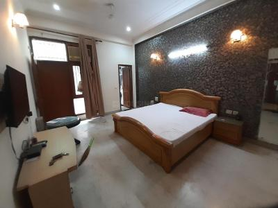 Gallery Cover Image of 3000 Sq.ft 3 BHK Independent Floor for rent in Sector 61 for 40000
