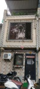 Gallery Cover Image of 800 Sq.ft 3 BHK Independent House for rent in Kandivali West for 23000