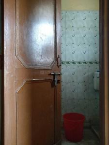 Bathroom Image of PG 4036351 Pul Prahlad Pur in Pul Prahlad Pur