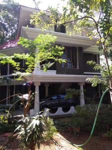 Gallery Cover Image of 3800 Sq.ft 5 BHK Villa for buy in Paravattani for 15000000