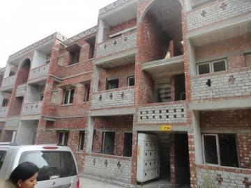 Gallery Cover Image of 425 Sq.ft 1 BHK Apartment for buy in Omicron I Greater Noida for 900000