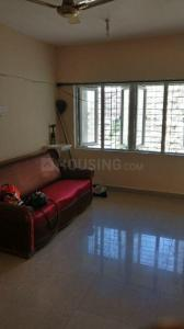 Gallery Cover Image of 1100 Sq.ft 3 BHK Apartment for rent in Goregaon East for 30000