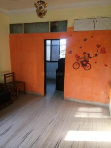 Gallery Cover Image of 450 Sq.ft 1 BHK Apartment for rent in Dahisar West for 13500