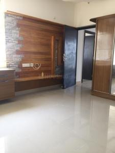 Gallery Cover Image of 2625 Sq.ft 4 BHK Apartment for rent in Iyyappanthangal for 45000