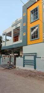Gallery Cover Image of 2600 Sq.ft 4 BHK Independent House for rent in Nagole for 18000