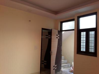 Gallery Cover Image of 750 Sq.ft 2 BHK Apartment for buy in Chhattarpur for 2640000
