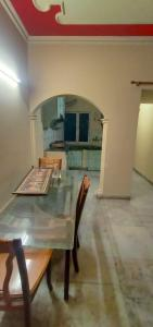 Gallery Cover Image of 960 Sq.ft 2 BHK Apartment for buy in Shipra Windsor And Nova Society, Shipra Suncity for 4200000