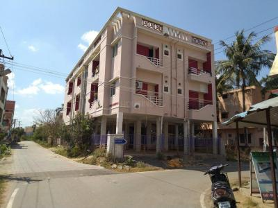 Gallery Cover Image of 733 Sq.ft 2 BHK Apartment for buy in Urapakkam for 2845000