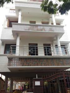 Gallery Cover Image of 1560 Sq.ft 3 BHK Apartment for buy in Nungambakkam for 24960000