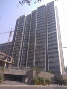 Gallery Cover Image of 1740 Sq.ft 3 BHK Apartment for rent in Khar West for 190000