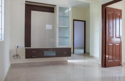 Gallery Cover Image of 900 Sq.ft 2 BHK Independent House for rent in Mullur for 15300