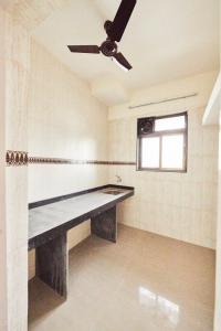 Gallery Cover Image of 830 Sq.ft 2 BHK Apartment for buy in Worli for 33000000