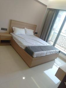 Gallery Cover Image of 1030 Sq.ft 2 BHK Apartment for buy in Lodha Panacea I, Dombivli East for 5075000