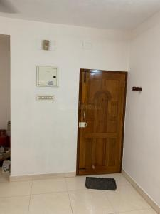 Gallery Cover Image of 1200 Sq.ft 2 BHK Apartment for rent in Velachery for 23000