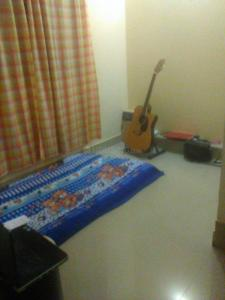 Gallery Cover Image of 700 Sq.ft 2 BHK Apartment for rent in Shanti Nagar for 17000