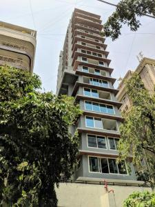Gallery Cover Image of 1210 Sq.ft 3 BHK Apartment for rent in Bandra West for 175000