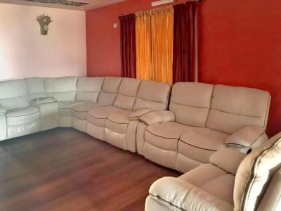 Gallery Cover Image of 630 Sq.ft 1 BHK Apartment for buy in Gurukul Basti for 1800000