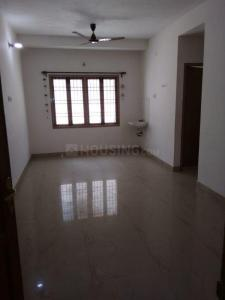 Gallery Cover Image of 880 Sq.ft 2 BHK Apartment for rent in Ambattur Industrial Estate for 14500
