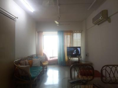 Gallery Cover Image of 815 Sq.ft 2 BHK Apartment for rent in Prabhadevi for 90000