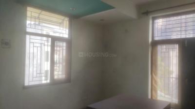 Gallery Cover Image of 1000 Sq.ft 2 BHK Apartment for rent in LandCraft GolfLinks, Kavi Nagar for 12000
