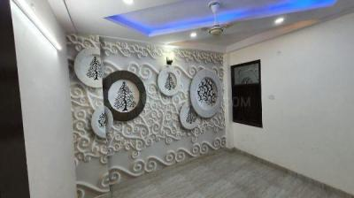 Gallery Cover Image of 860 Sq.ft 3 BHK Apartment for buy in Matiala for 3100000