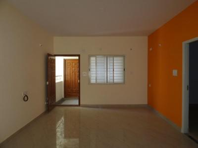 Gallery Cover Image of 1350 Sq.ft 3 BHK Apartment for rent in Kudlu Gate for 25000
