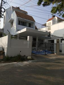Gallery Cover Image of 4000 Sq.ft 4 BHK Independent House for rent in Banjara Hills for 70000