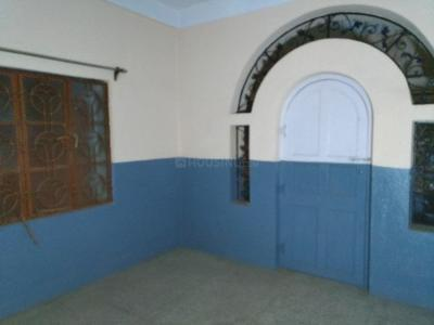Gallery Cover Image of 600 Sq.ft 2 BHK Independent House for rent in Sonarpur for 15000