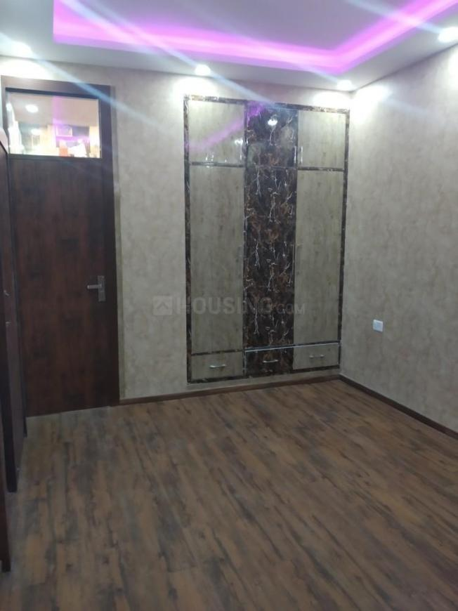 Bedroom Image of 1800 Sq.ft 3 BHK Apartment for rent in Sector 22 Dwarka for 26000