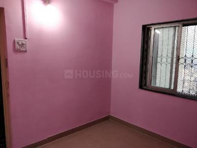 Gallery Cover Image of 400 Sq.ft 1 BHK Apartment for rent in Kandivali West for 22000