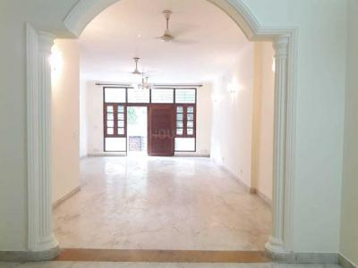 Gallery Cover Image of 2700 Sq.ft 3 BHK Independent Floor for rent in Greater Kailash I for 65000