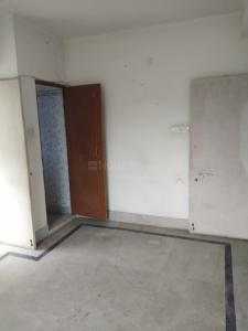 Gallery Cover Image of 840 Sq.ft 2 BHK Apartment for rent in Paikpara for 15000