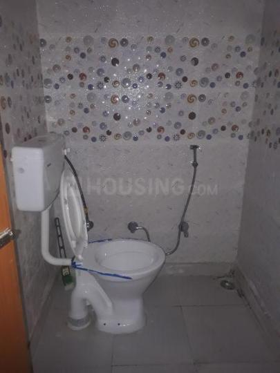 Common Bathroom Image of 900 Sq.ft 3 BHK Independent Floor for rent in Bindapur for 18000