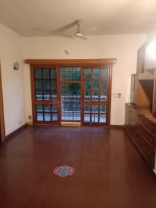 Gallery Cover Image of 4500 Sq.ft 3 BHK Independent Floor for rent in Sector 15A for 60000