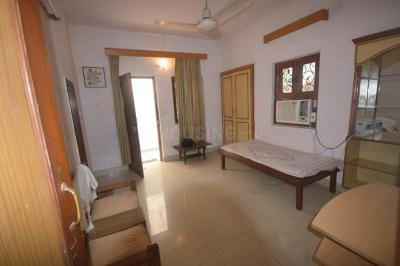 Gallery Cover Image of 500 Sq.ft 1 BHK Independent Floor for rent in C Block RWA Kailash Colony, Greater Kailash I for 18000