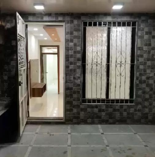Main Entrance Image of 1000 Sq.ft 2 BHK Independent House for rent in Mulund West for 7000