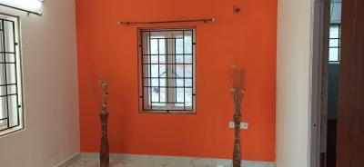 Gallery Cover Image of 1650 Sq.ft 3 BHK Independent House for rent in Perumbakkam for 15000