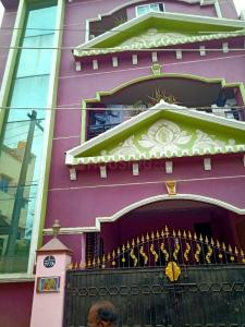 Gallery Cover Image of 1200 Sq.ft 2 BHK Independent House for rent in Jalladian Pet for 13000