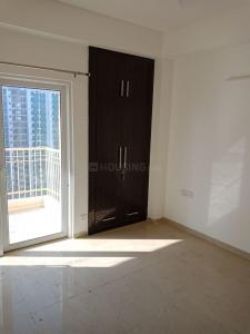 Gallery Cover Image of 1463 Sq.ft 3 BHK Apartment for rent in Noida Extension for 8500