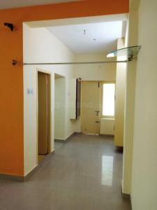Gallery Cover Image of 770 Sq.ft 2 BHK Apartment for buy in Velachery for 4500000