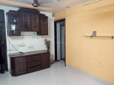 Living Room Image of 690 Sq.ft 2 BHK Apartment for rent in Malad West for 29000