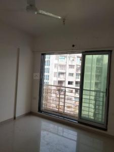 Gallery Cover Image of 940 Sq.ft 2 BHK Apartment for rent in Lokhandwala Octacrest, Kandivali East for 36000