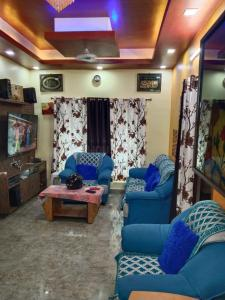 Gallery Cover Image of 1800 Sq.ft 3 BHK Independent House for buy in Madambakkam for 10000000
