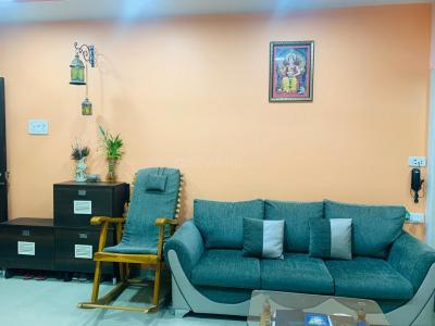 Gallery Cover Image of 692 Sq.ft 2 BHK Apartment for buy in Thane West for 9500000