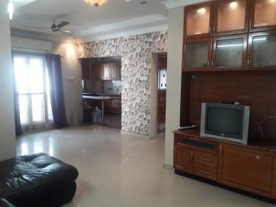 Gallery Cover Image of 1550 Sq.ft 3 BHK Apartment for rent in Velachery for 35000